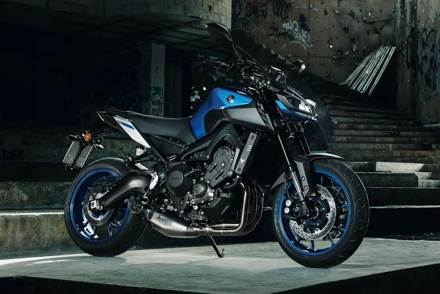 Giá bán của một chiếc Yamaha MT-09 2017 tiêu chuẩn ở Anh quốc là 9.750 USD
