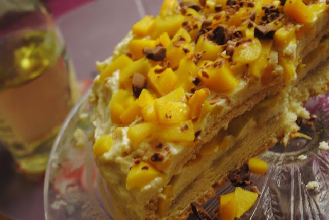 tort z kremem z kaszy jaglanej