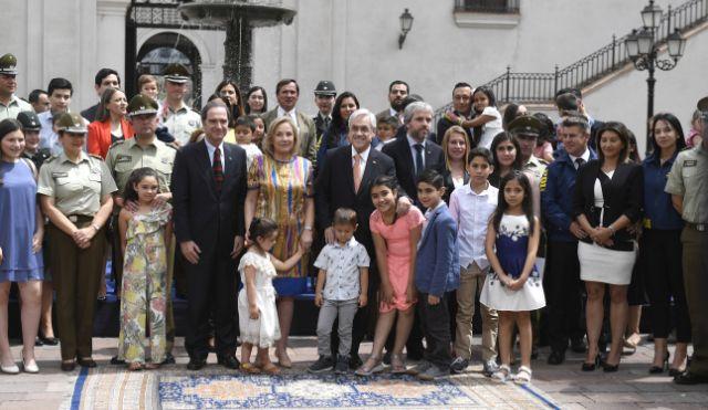 Presidente Piñera firma proyecto de ley que protege a Carabineros, PDI y Gendarmería