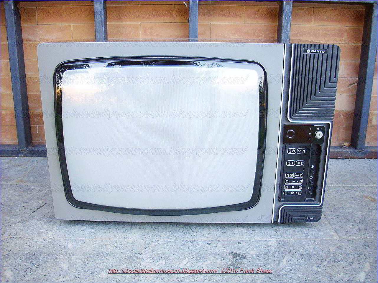 Obsolete Technology Tellye !: CRT TELEVISION FAULTS REPAIR TIPS FULL
