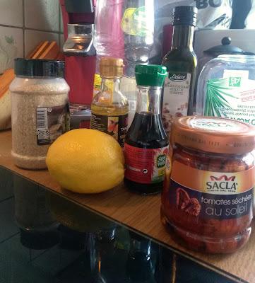 ingredients cuisine tempeh laque tomates sechees citron ail huile sauce soja maggi