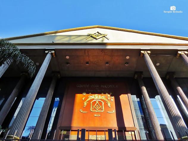 Perspectiva inferior da fachada do Palácio Maçônico - GLESP - Grande Loja Maçônica do Estado de São Paulo - Liberdade - São Paulo