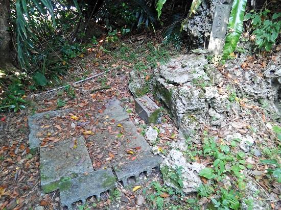 クワギブク嶽(金満の杜) 御先南山世の古墓の写真