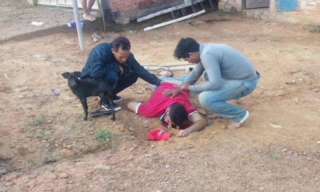 Acerto de contas! Suposto usuário de drogas é executado a tiros