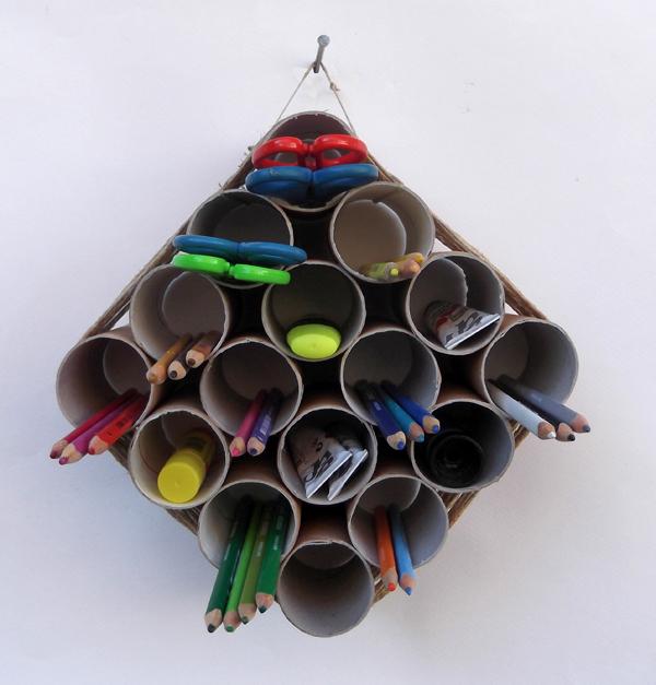 μολυβοθήκη, χειροτεχνίες, κατασκευές για παιδιά, χειροτεχνίες για παιδιά, χειροτεχνίες με ανακυκλωμένα υλικά. οικολογικές χειροτεχνίες, χειροτεχνίες με χαρτόνι, κατασκευές με χαρτόνι, κατασκευές με χαρτί,