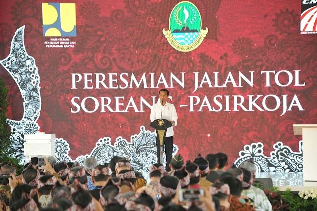 Ingin Merasakan Kondisi Jalan Tol Soroja, Presiden  Jokowi Naik Bus Persib