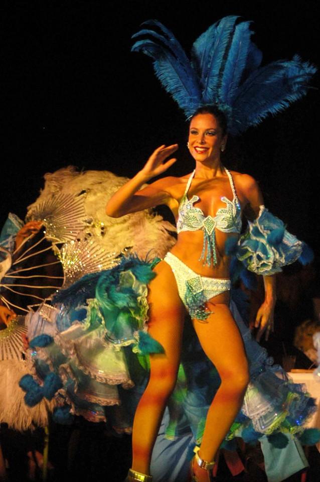 Lorena Rojas en Aventurera, 2004