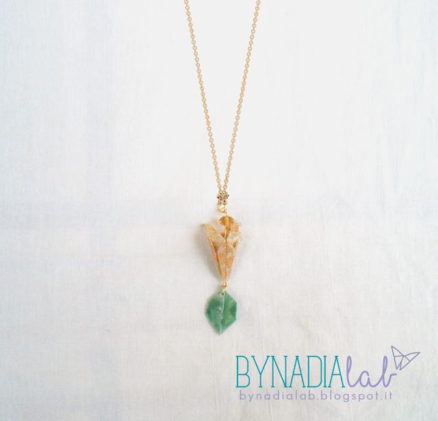 collana con pendente origami bynadialab - esempio di utilizzo