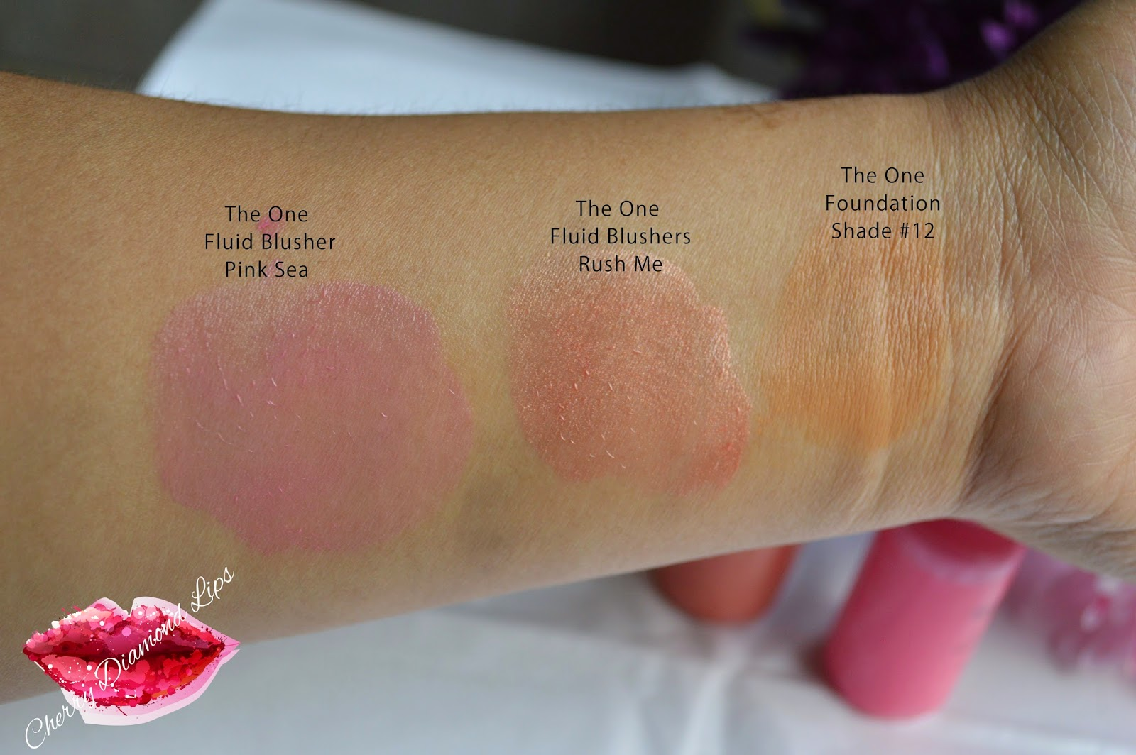 Swatches of liquid Blushes in Pink Sea, Rush Me by MUR