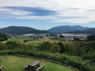 笹尾山から見る関ヶ原一帯