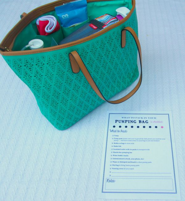 How to pack a perfectly packed pumping bag for moms who pump at work plus a free pintable checklist by LaurasPlans.com