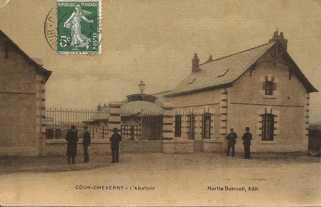 Route de Blois à Cour-Cheverny