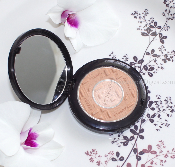 How to add Subtle Warmth and Glow To Your Face With By Terry Compact Expert Dual Powder