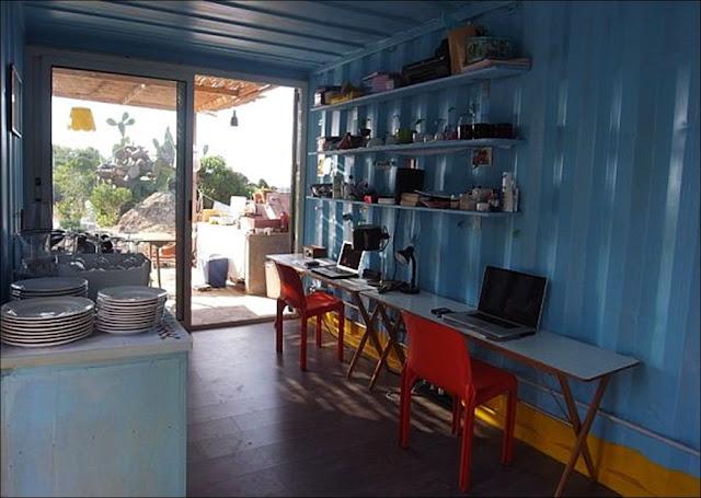 interior Casa praia containers