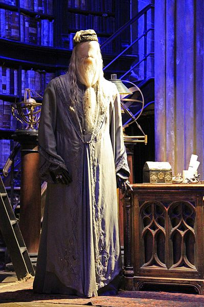 dumbledore-headmaster-harry-potter-was-a-gay-my-list-mag