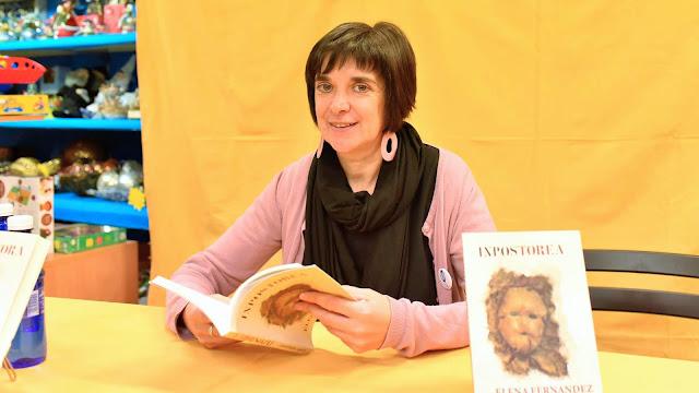 Elena Fernández, en la presentación de 'La impostora' en la librería Milo's