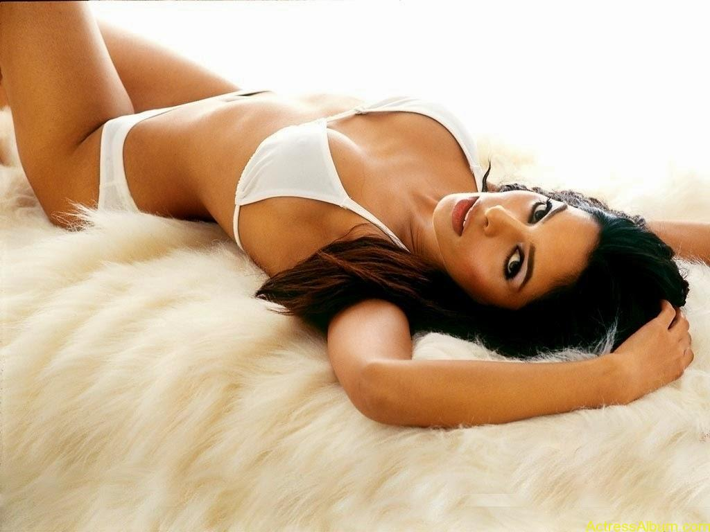 Malika Sherawat Sexi Photo