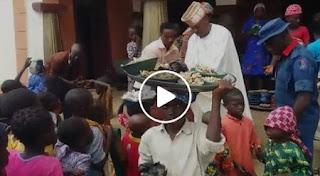 Oluwo feeding the poor, widow