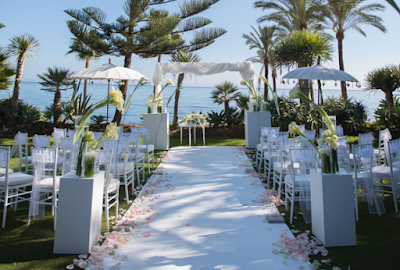 Ruled Out The Destination Wedding? This Wedding Video Abroad Will Make You Think Again!