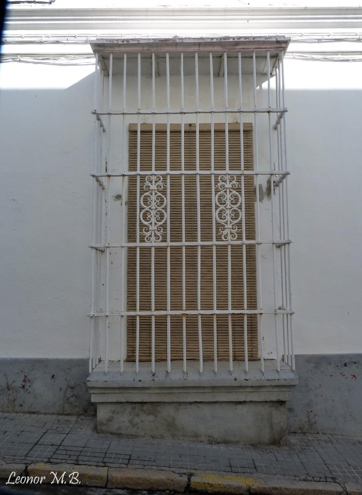 San fernando ayer y hoy y otras historias calle lezo for Casa granada tirso de molina