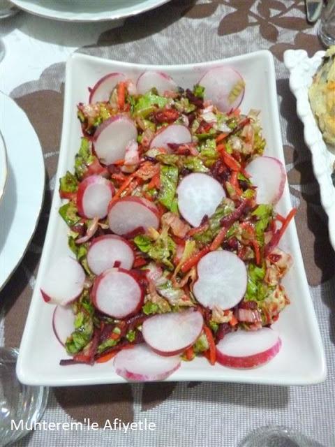 akşam yemeği için salata önerisi