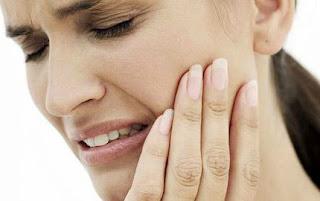 Diş Ağrısı Boğaza Vururmu