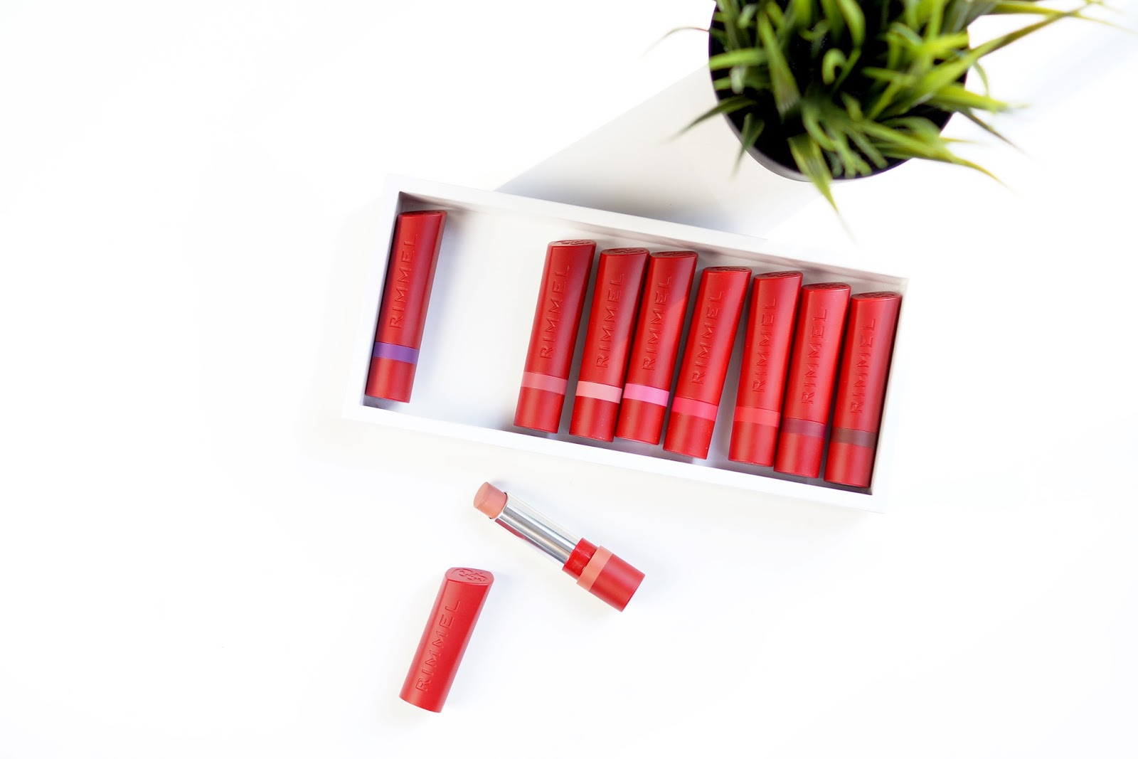 rimmel-the-only-one-matte-lipstick-review-barely-there-beauty-blog