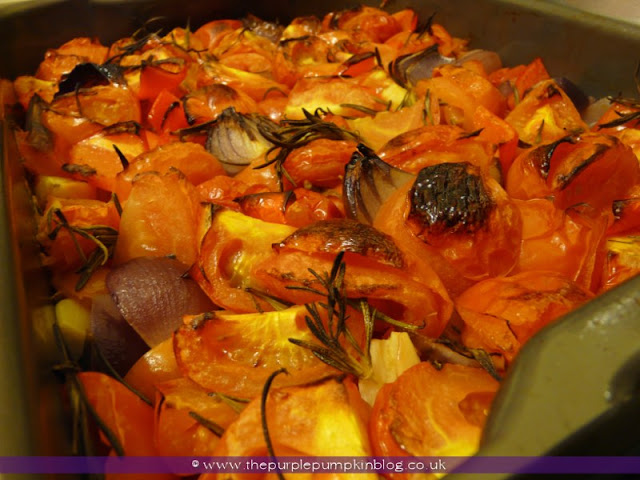 Spicy Roasted Tomato & Red Pepper Soup at The Purple Pumpkin Blog