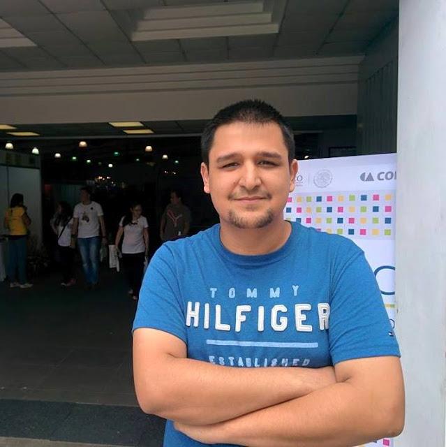El escritor Henry Vargas Estrada