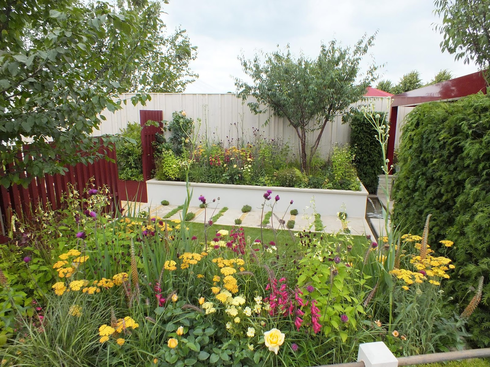 Alternative eden exotic garden rhs hampton court flower show 2016 show gardens - Hampton court flower show ...