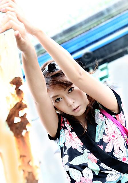 Honoka 穂花 Photos 15