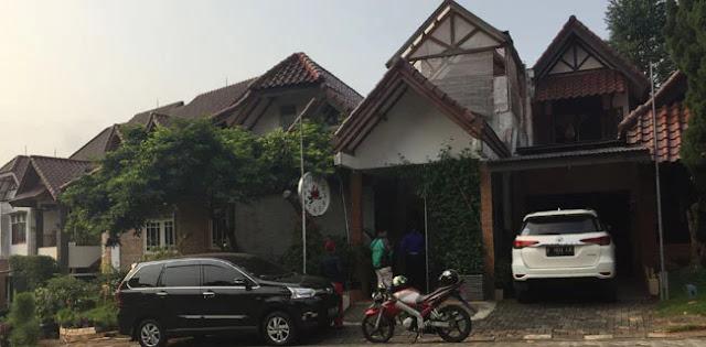 Tidak Benar Rumah Neno Warisman Dikepung Preman