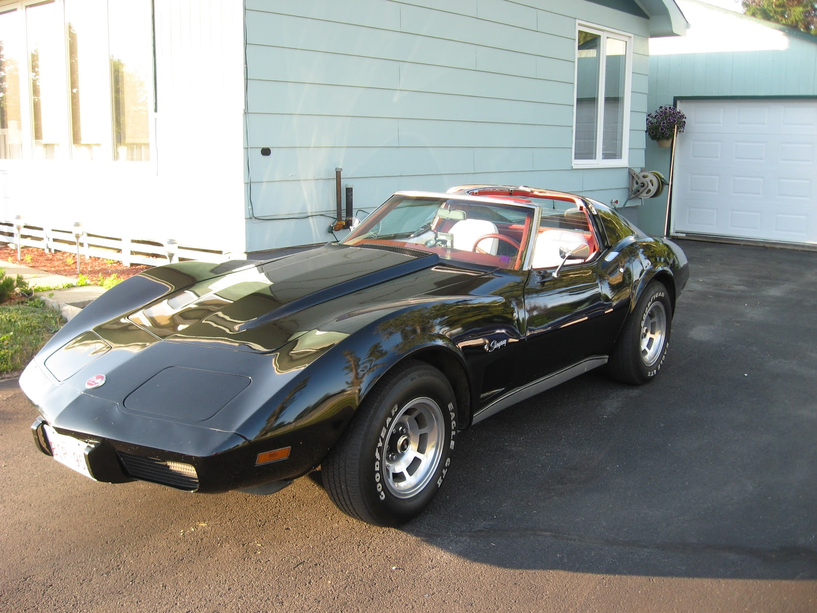 river valley vettes corvette club 1992 2018 1976 corvette stingray for sale. Black Bedroom Furniture Sets. Home Design Ideas