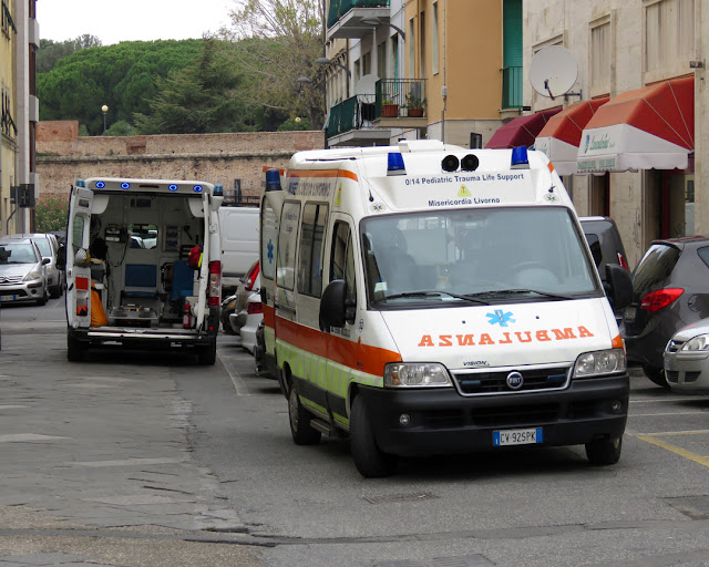 Ambulances, Via del Pantalone, Livorno