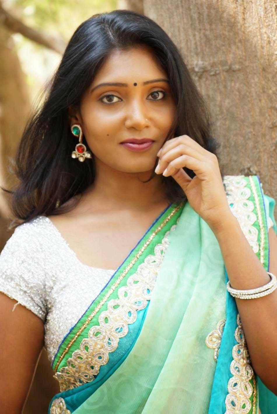 hot sexy saree women