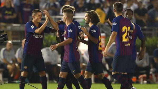 1-Barcelona_2018_2019_maillot_de_foot_Coupe_Du_Monde.JPG