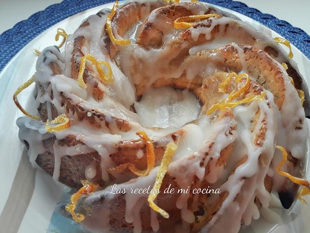 Bizcocho de yogur con limón y cardamomo glaseado