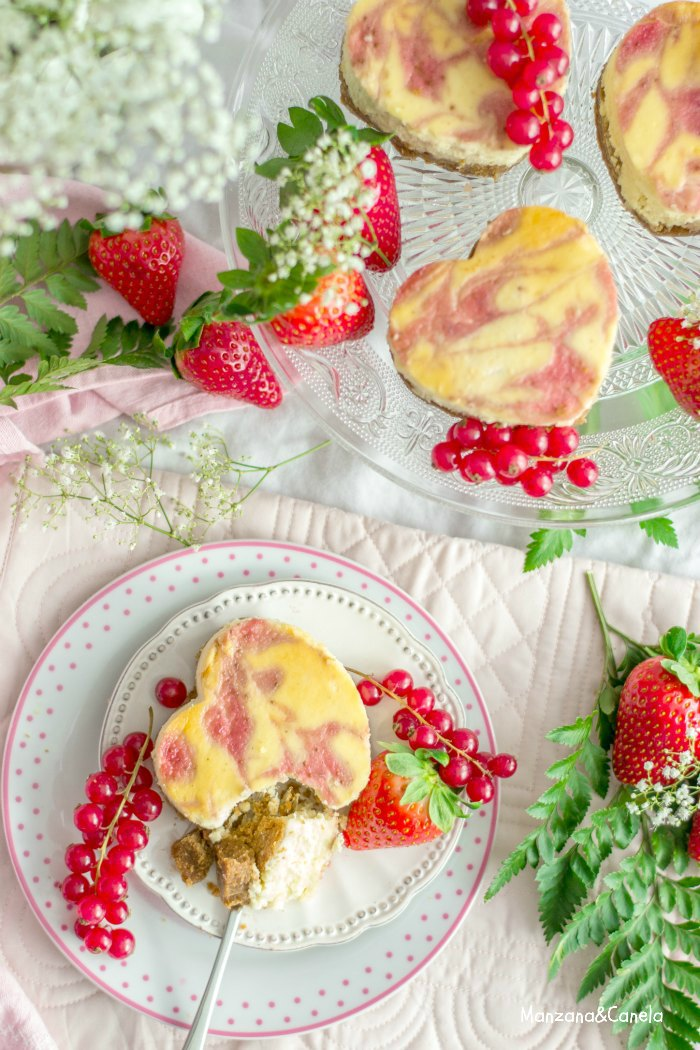 Cheesecake de chocolate blanco y fresa. Receta de San Valentín