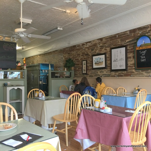 dining room at The Lighthouse Deli in Sonora, California