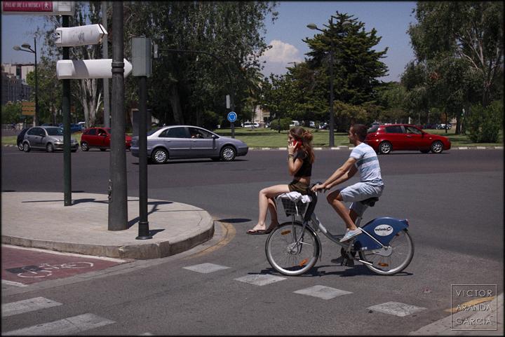 valenbisi, pareja, fotografía, bicicleta, Valencia, retrato
