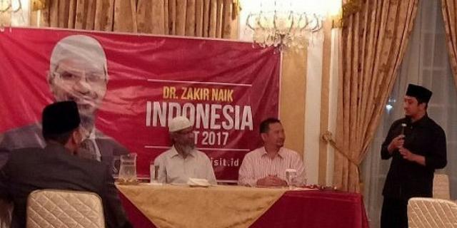 Cerita Ustad Yusuf Mansur tentang Dr Zakir Naik