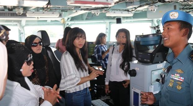 Satgas MTF TNI Gelar Open Ship Untuk WNI di Lebanon