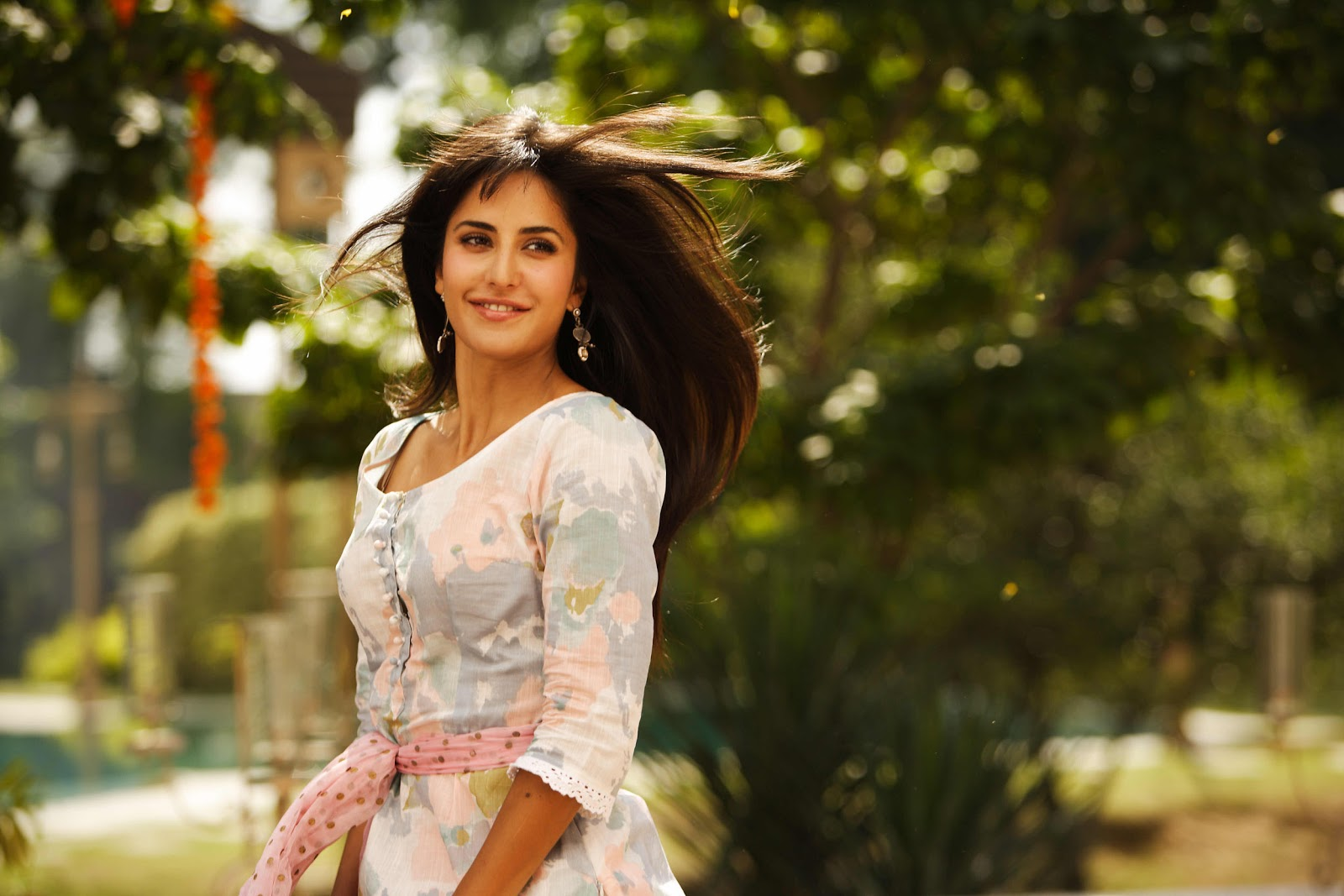 High Quality Bollywood Celebrity Pictures Katrina Kaif -2070