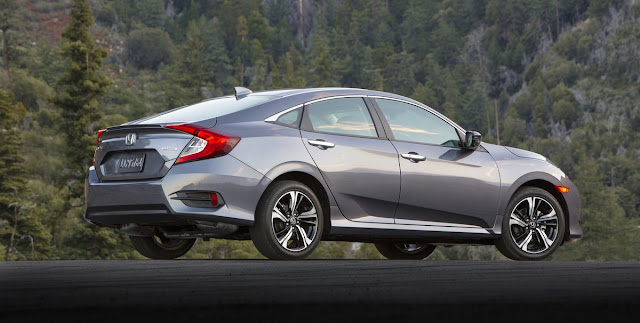 2016 Honda Civic Sedan - Rear 3/4
