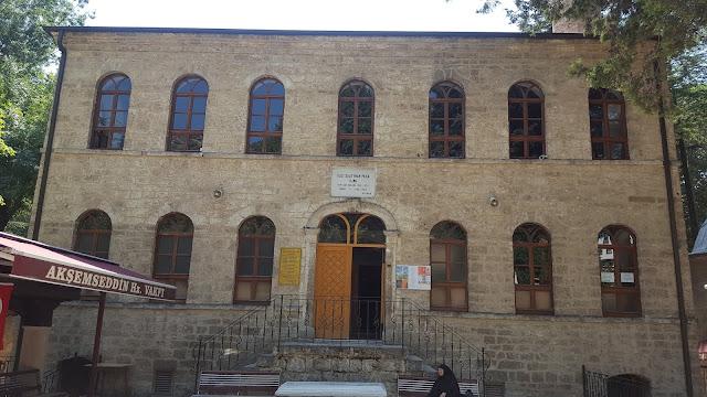 Gazi Süleyman Paşa Camii, Akşemseddin Hazretleri Türbesi - Bolu, Göynük