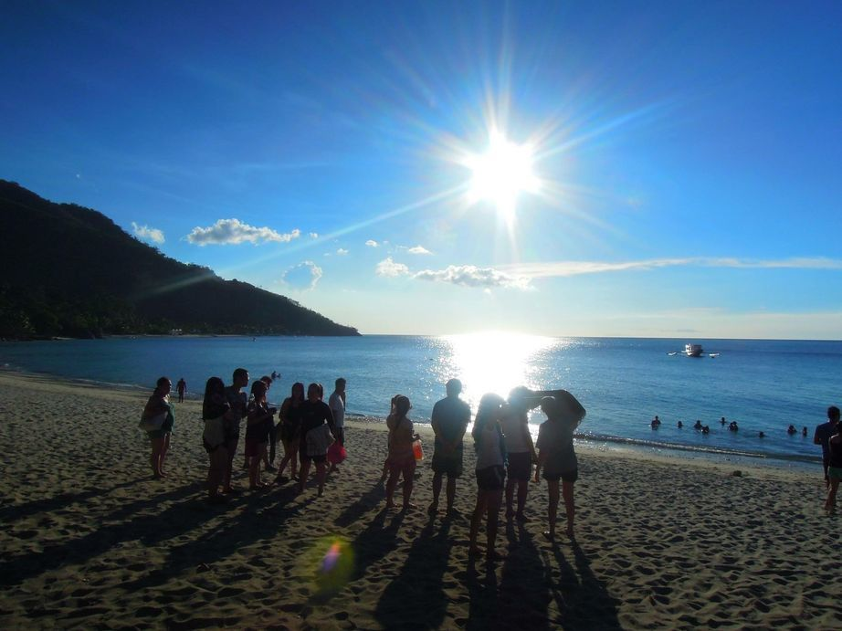 Waiting for the sunset at Puerto Galera