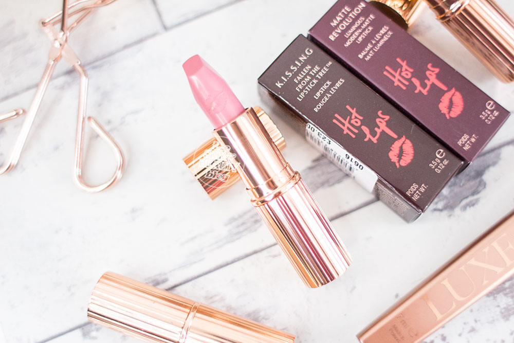 Charlotte Tilbury Hot Lips Lipsticks Liv It Up, Electric Poppy Review Swatches