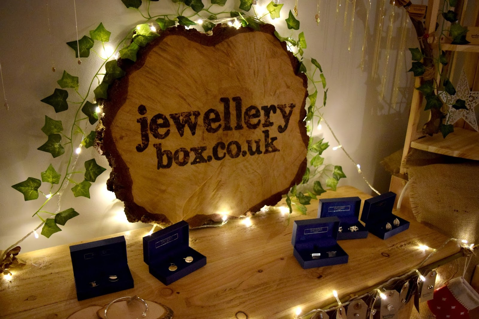 JewelleryBox Pop Up