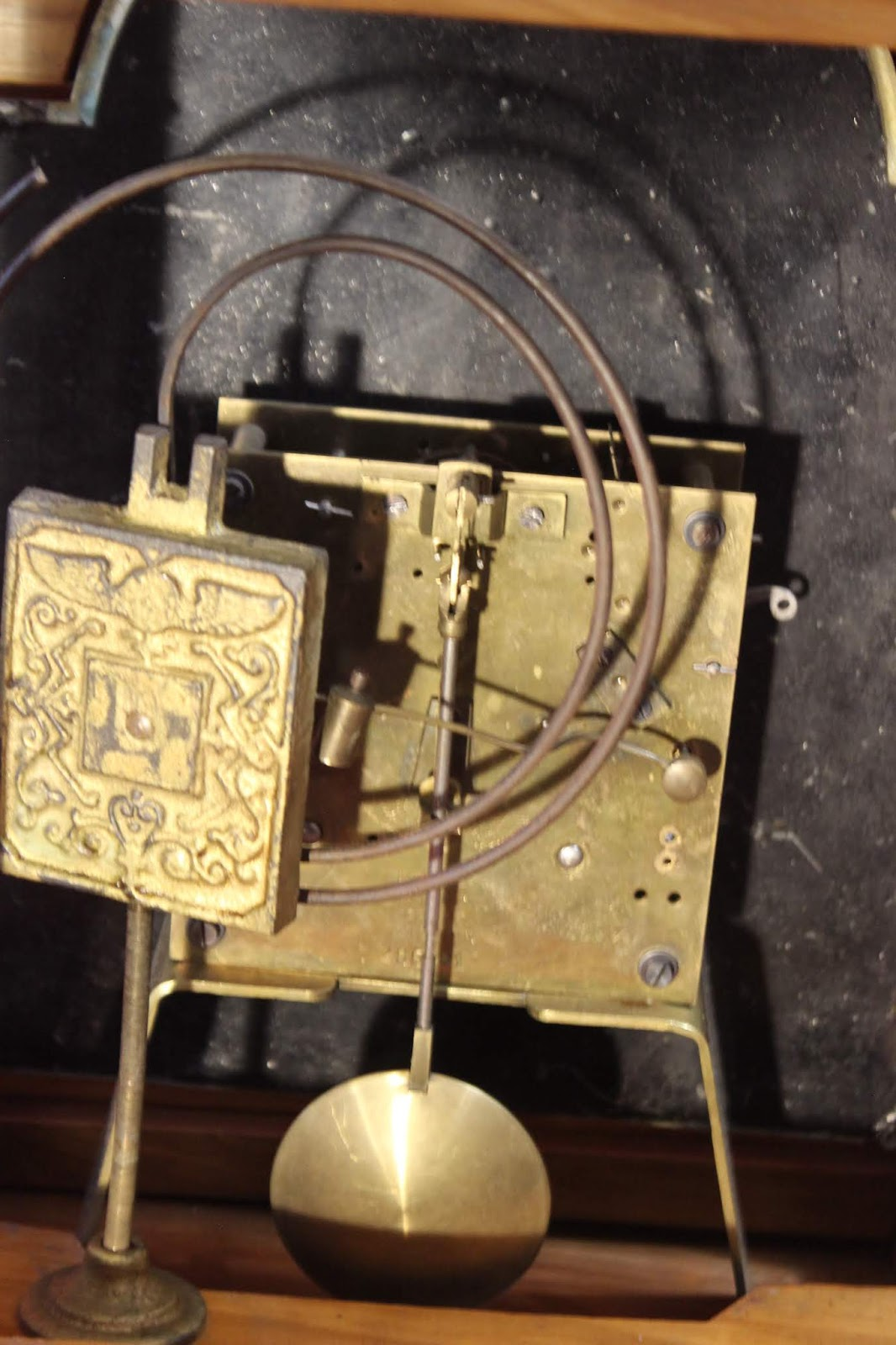 Antico orologio a pendolo dell 39 800 da tavolo cassa in radica e vetri molati ebay - Orologio a pendolo da tavolo ...
