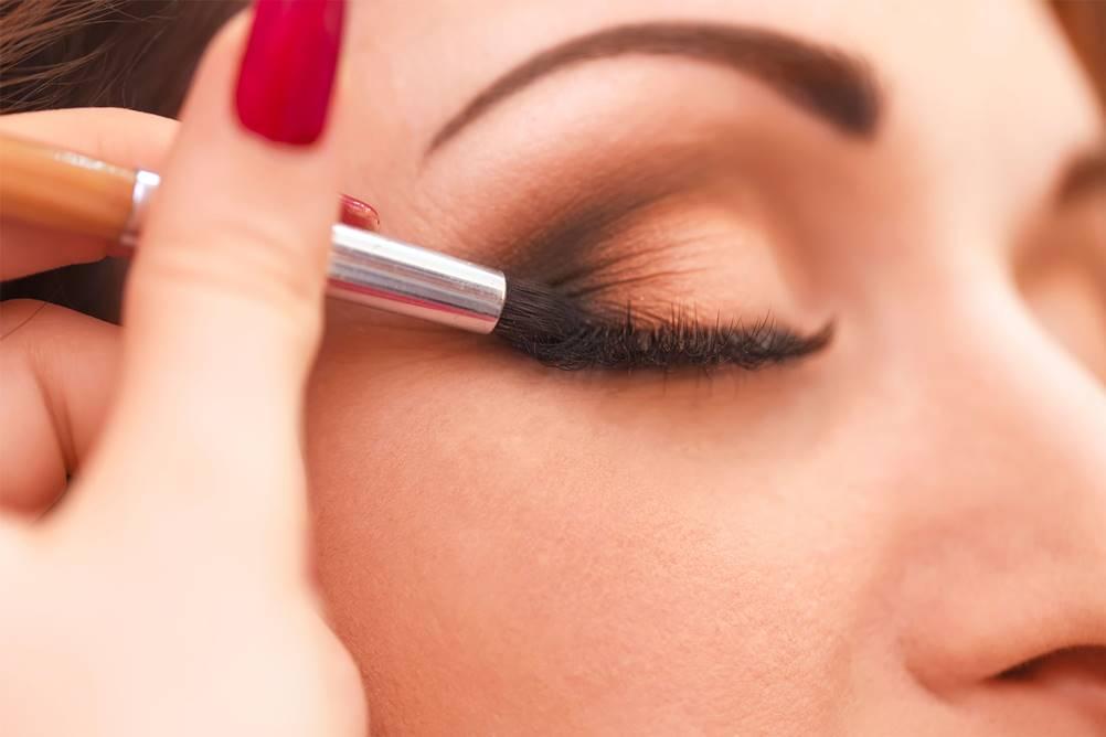 truques de maquiagem para melhorar a autoestima